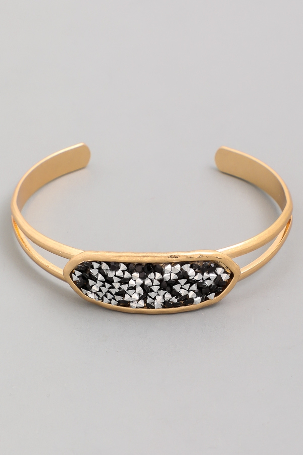 Oval Crystal Center Metal Cuff Bracelet - orangeshine.com