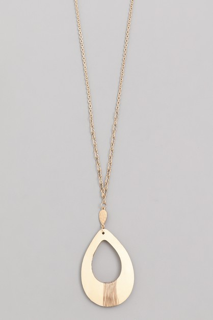 Wooden Teardrop Pendant Necklace - orangeshine.com