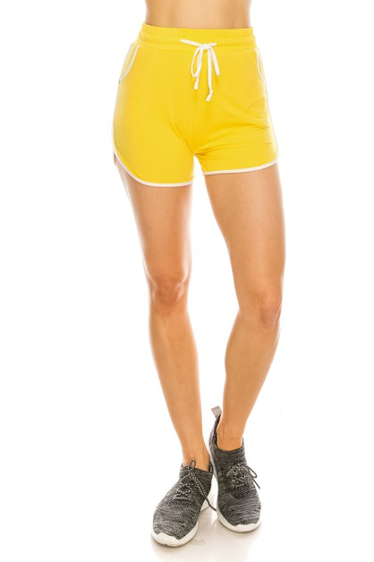Athletic shorts with contrast hem - orangeshine.com