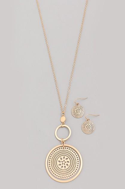Flower Disc Pendant Necklace Set - orangeshine.com