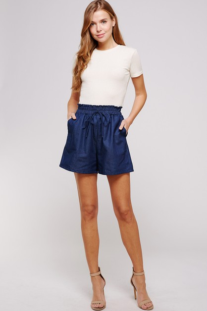 SMOCKED POCKET DENIM SHORTS - orangeshine.com