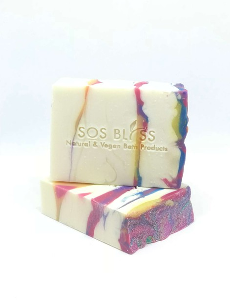 Hugs and Kisses Apple Sage Soap - orangeshine.com