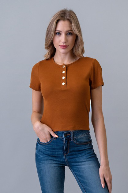 SNAP BUTTON HENLEY NECK RIB TOP - orangeshine.com