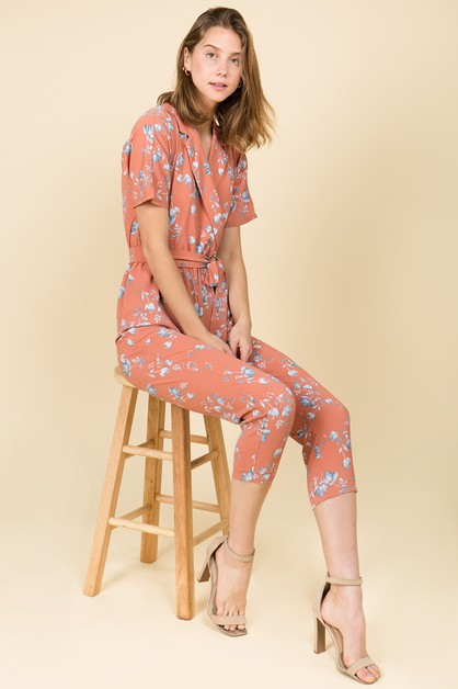 JUMPSUIT IN A SKINNY FIT WITH A COLL - orangeshine.com