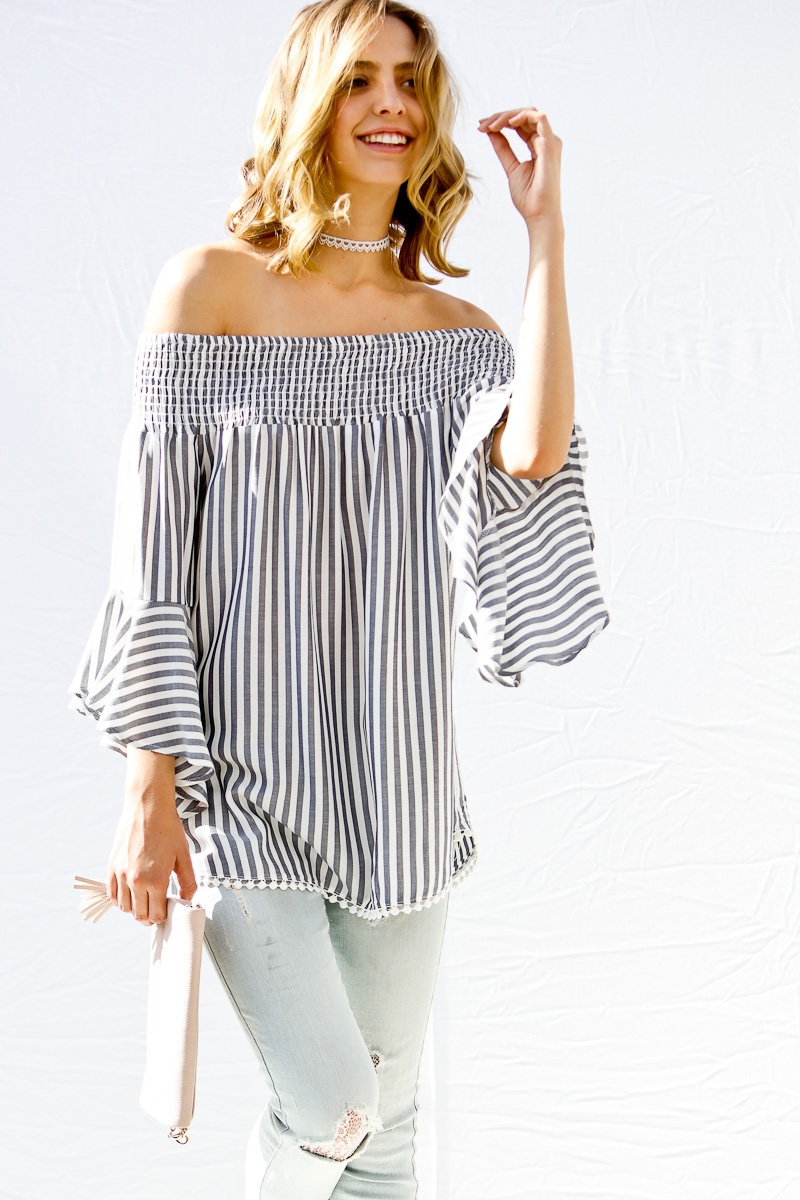 Mid bell sleeved off shoulder smocke - orangeshine.com