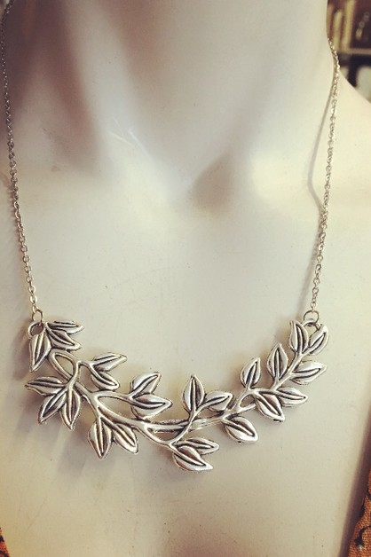 Leafy branch necklace 18 inch - orangeshine.com