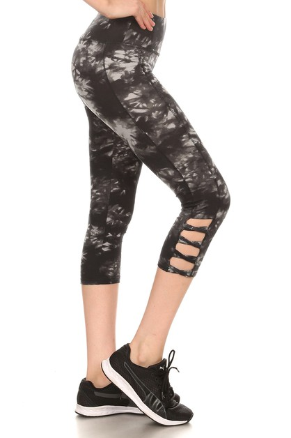 Black Sports Capris Leggings Cross  - orangeshine.com