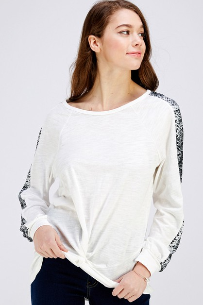 Snake Skin Print Sleeve Twisted Top - orangeshine.com