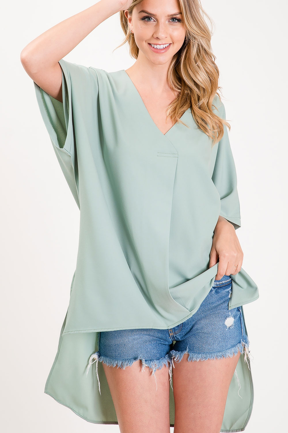 HIGH LOW V NECK PENGUIN TAIL TOP - orangeshine.com