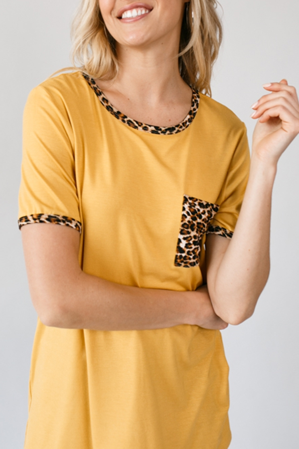 ANIMAL PRINT POCKET DETAIL TOP - orangeshine.com