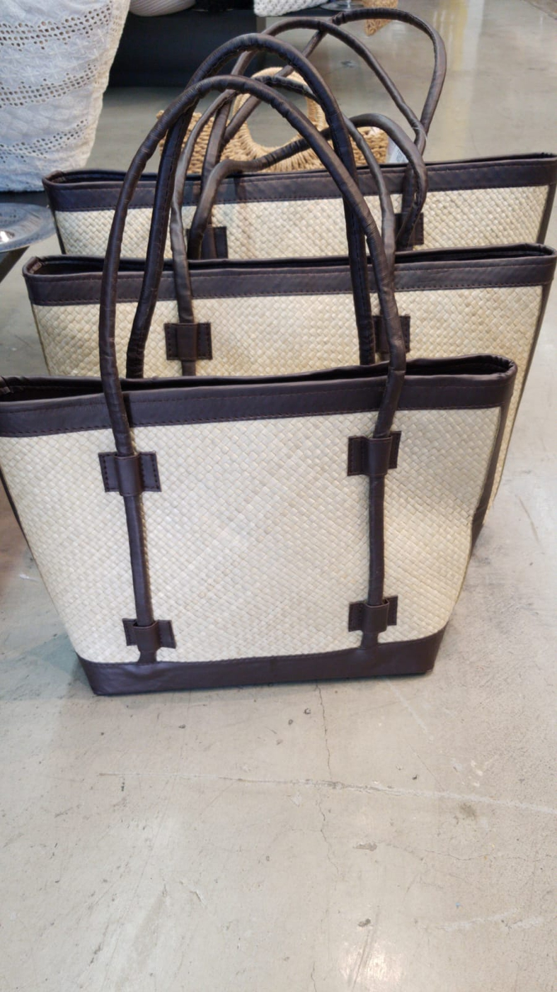 NATURAL STRAW WOVEN 3 IN 1 HANDBAG  - orangeshine.com
