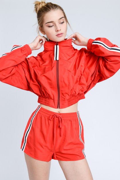 Single Striped Trim Windbreaker Shorts - orangeshine.com