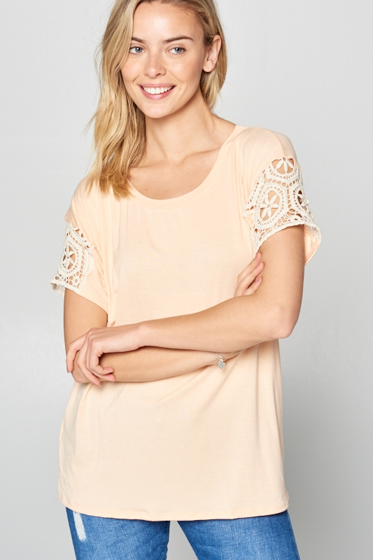 V-NECK LACE PATCH SHORT SL BOXY TOP - orangeshine.com