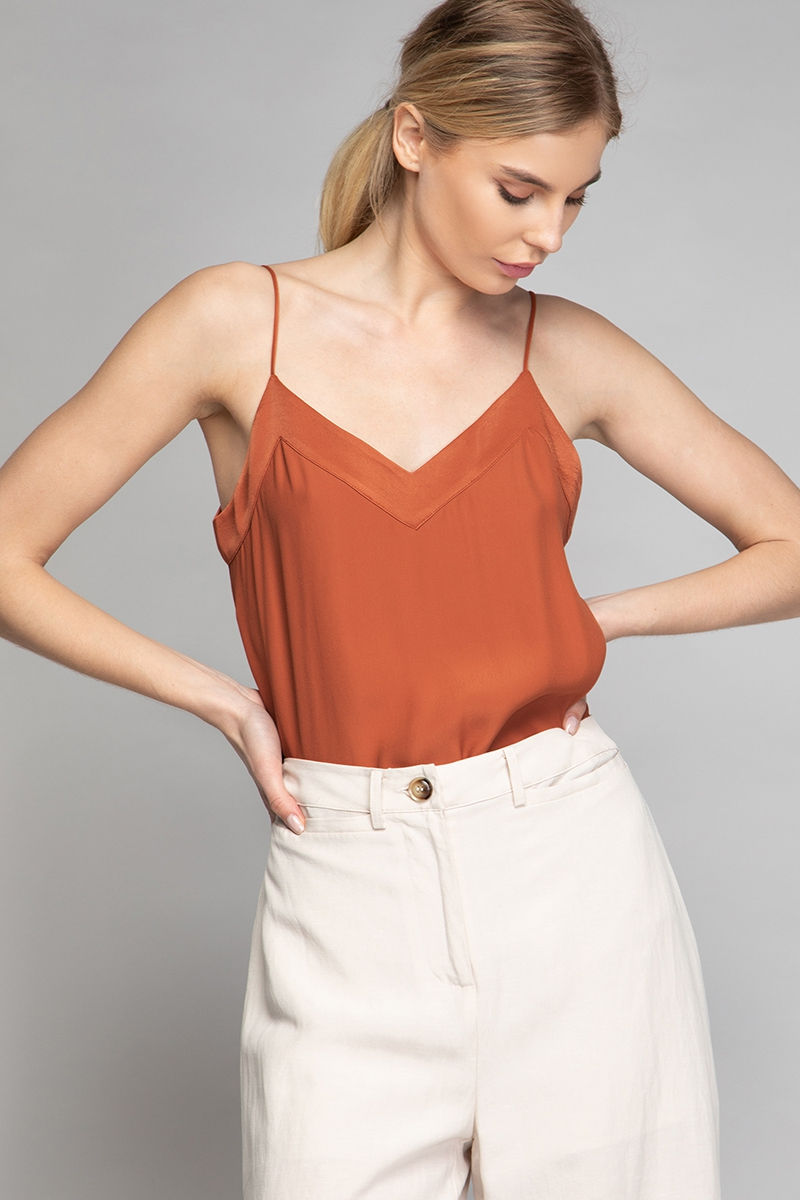 CAMI V-NECK CONTRAST BAND TOP - orangeshine.com