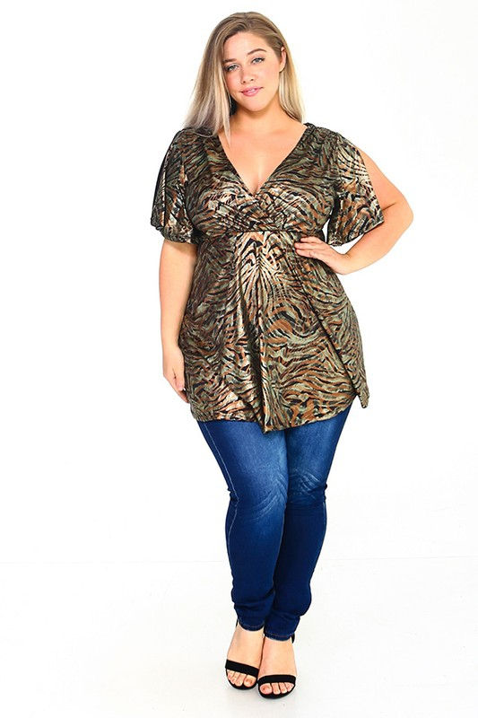 Plus Size Open Chest Print Blouse - orangeshine.com