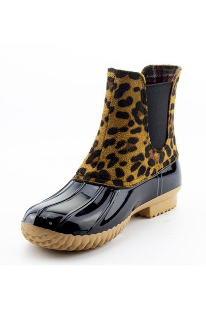 19ed84278a91 Wholesale Shoes - Footwear, Sandals, Flats & Boots | Orangeshine.Com