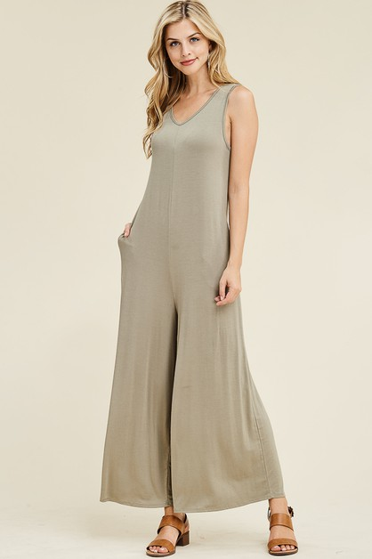 SOLID JUMPSUIT WITH  SIDE POCKETS - orangeshine.com