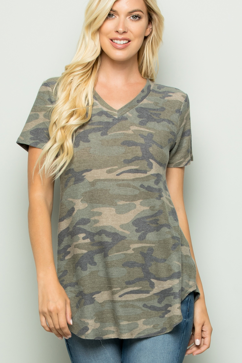 SHORT SLEEVE V NECK CAMO TOP - orangeshine.com