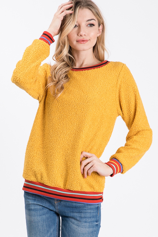 A long sleeve sweater - orangeshine.com