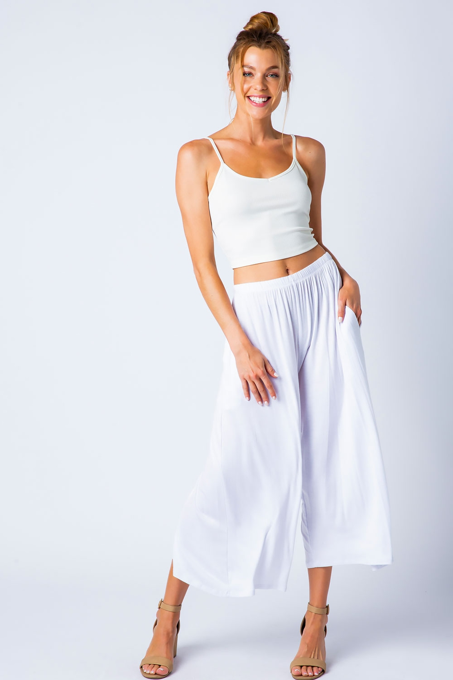 KNIT WIDE LEG CAPRI PANTS - orangeshine.com