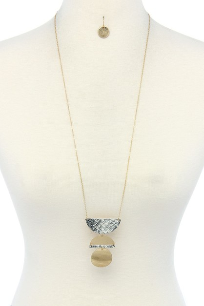 SNAKE PATTERN SEMI CIRCLE NECKLACE - orangeshine.com