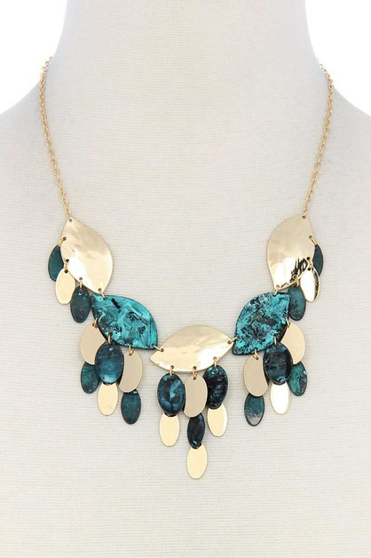 MULTI LEAF PATTERN CHUNKY NECKLACE  - orangeshine.com