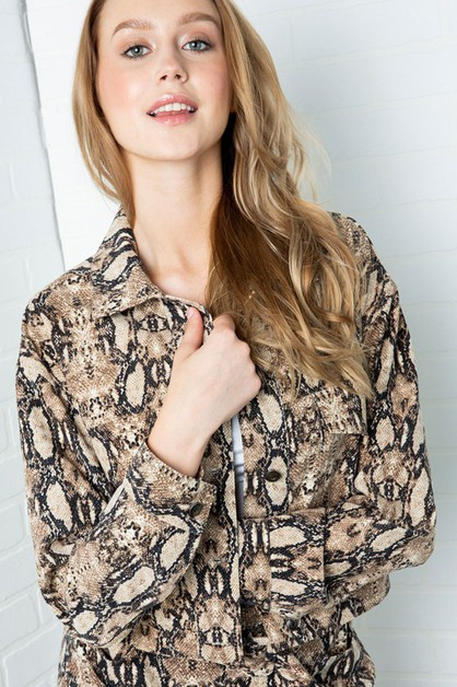 SNAKE PRINT BUTTON DOWN JACKET - orangeshine.com