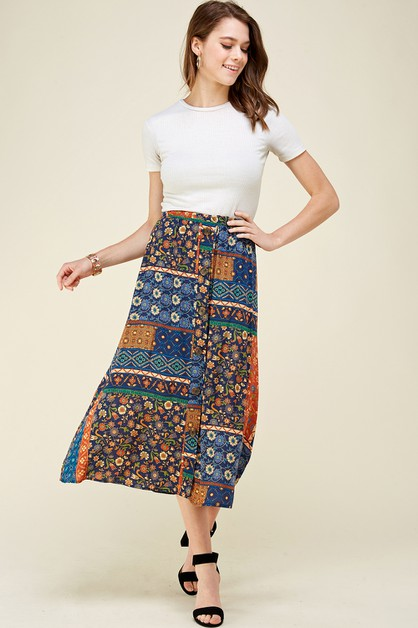 Printed Mid Skirt with buttons - orangeshine.com