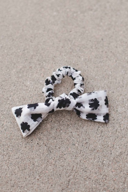 Daisy Bow Scrunchie - orangeshine.com