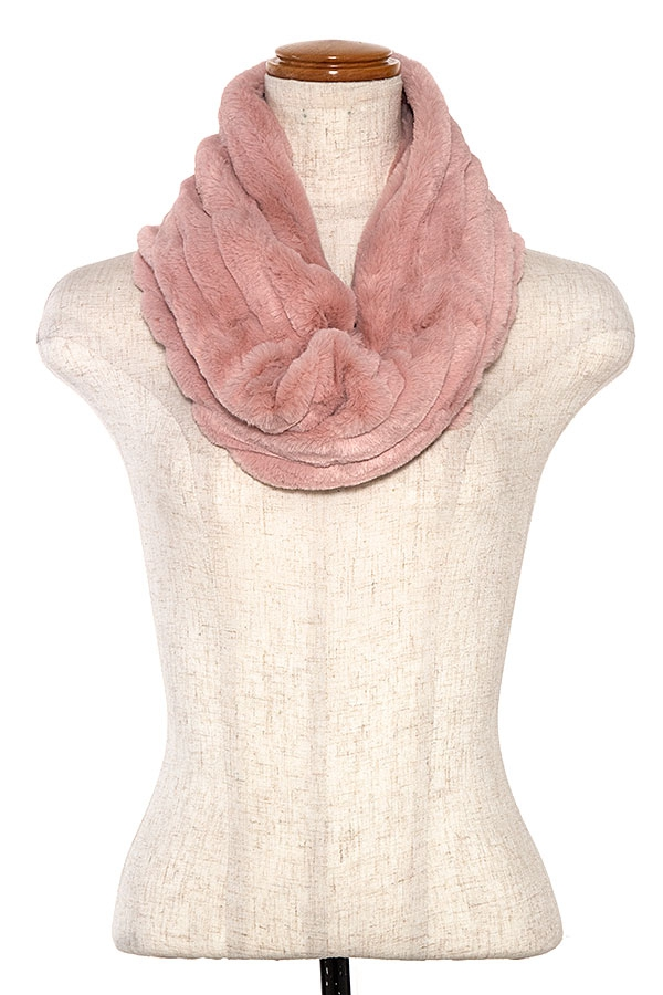 PLEATED FAUX FUR NECK WARMER  - orangeshine.com