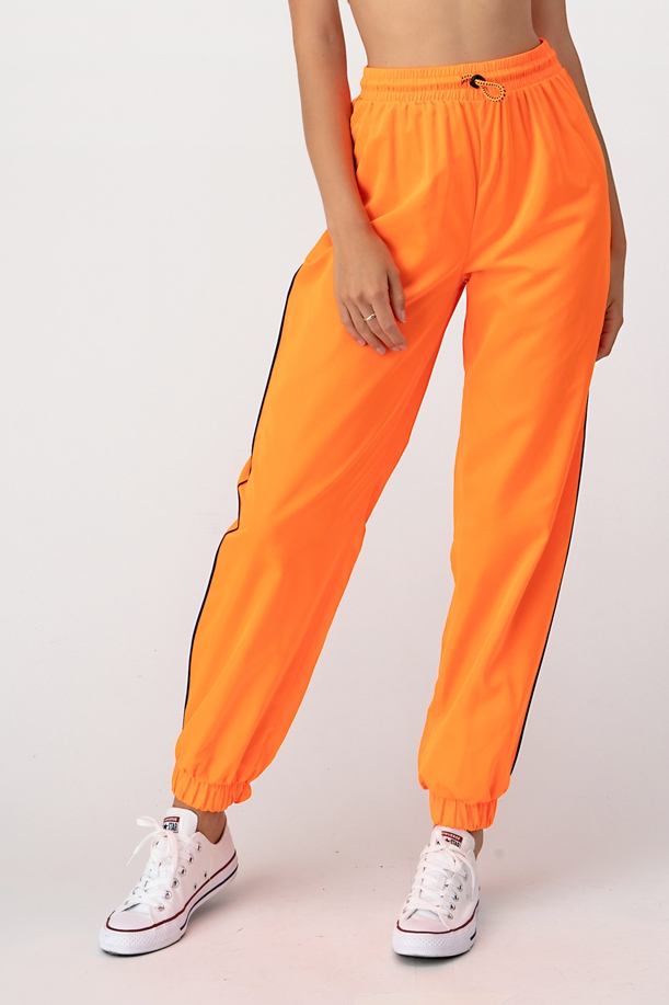 WINDBREAKER PANTS - orangeshine.com