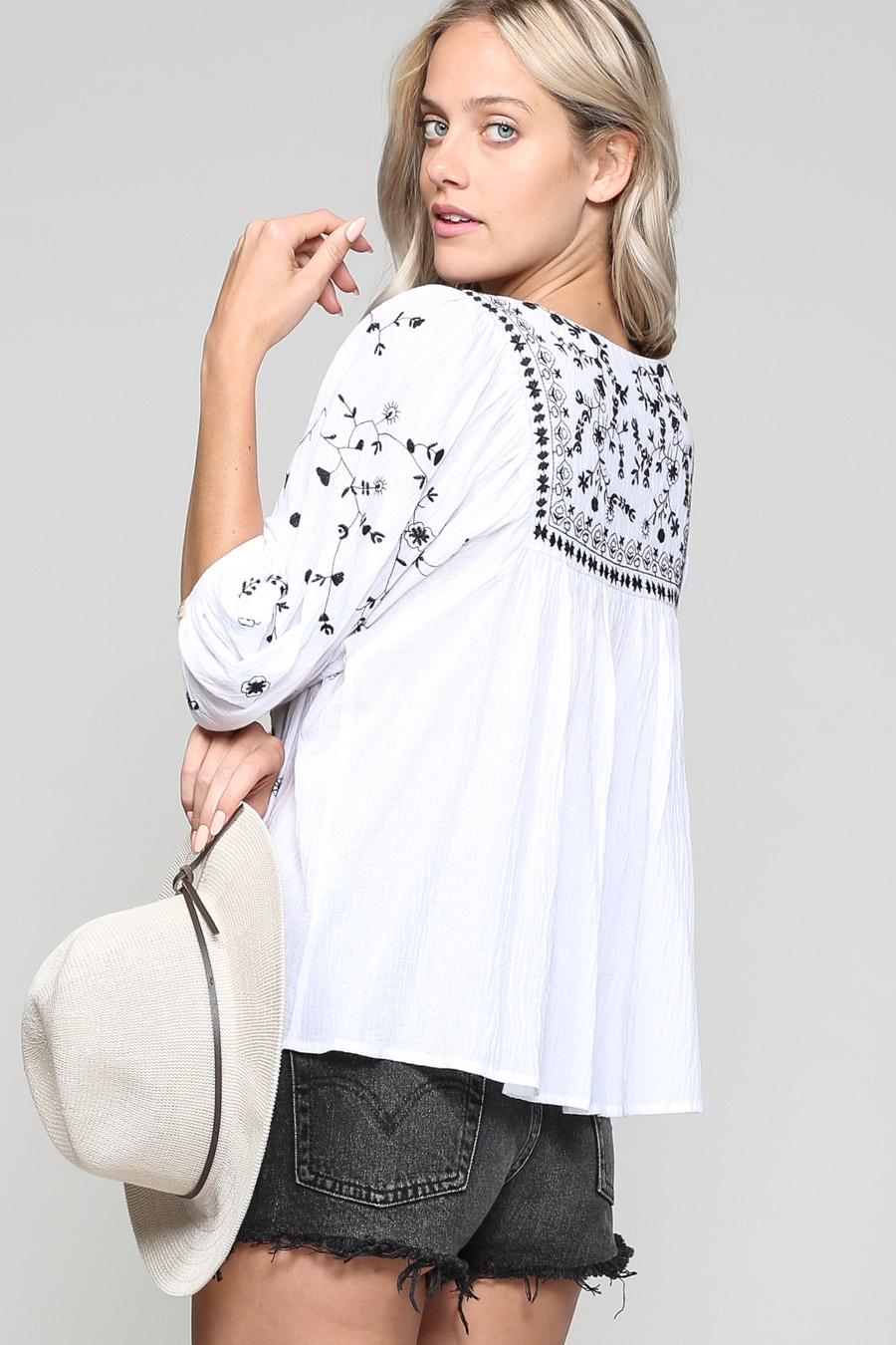 FLORAL EMBROIDERED PEASANT BLOUSE - orangeshine.com