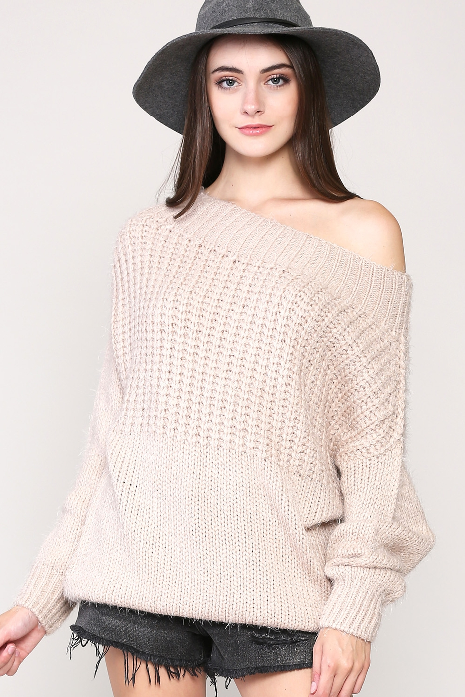 KNIT SWEATER WITH A RIBBED TRIM - orangeshine.com