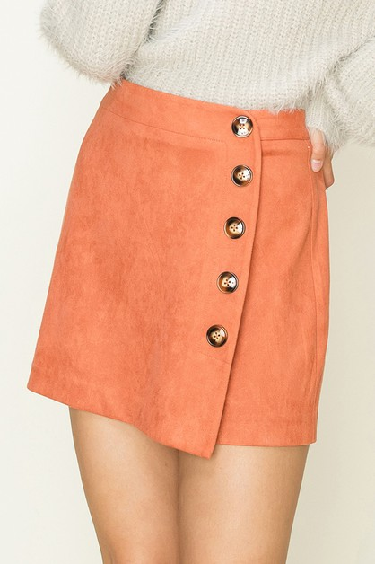 SIDE BUTTON DETAIL SUEDE SKORT - orangeshine.com