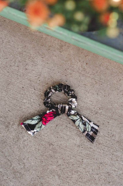 Black Floral Velvet Bow Scrunchie - orangeshine.com