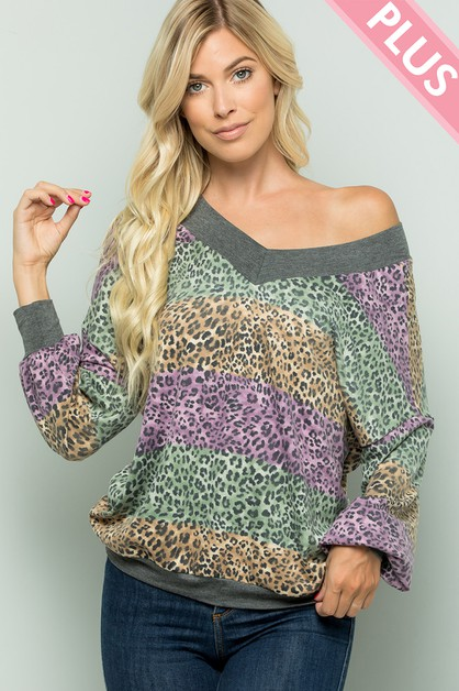 Plus Size Leopard Print V-neck Top - orangeshine.com