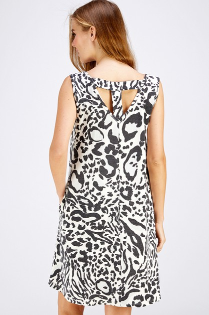 LEOPARD DETAIL BACK POCKET DRESS - orangeshine.com