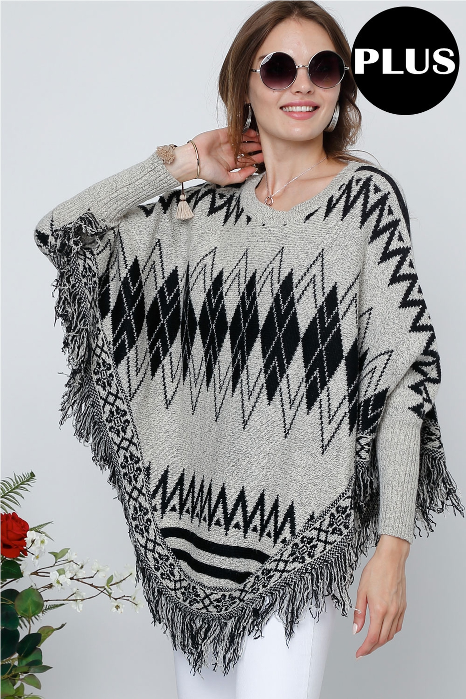 PRINTED LONG SLEEVE ROUND NECK CAPE - orangeshine.com