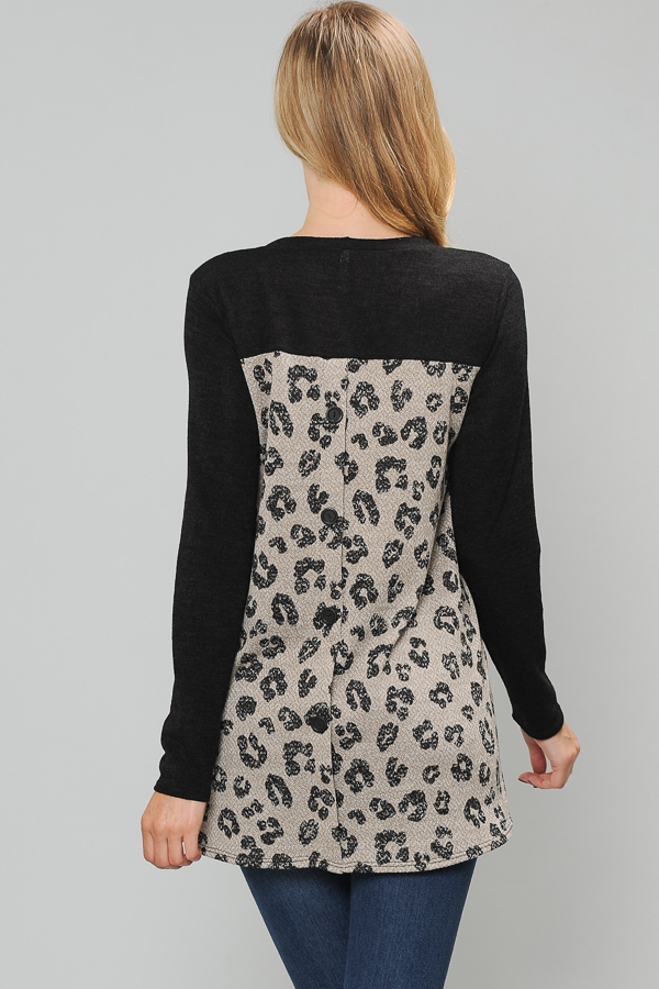 ANIMAL PRINT CONTRAST TOP WITH SCAR - orangeshine.com