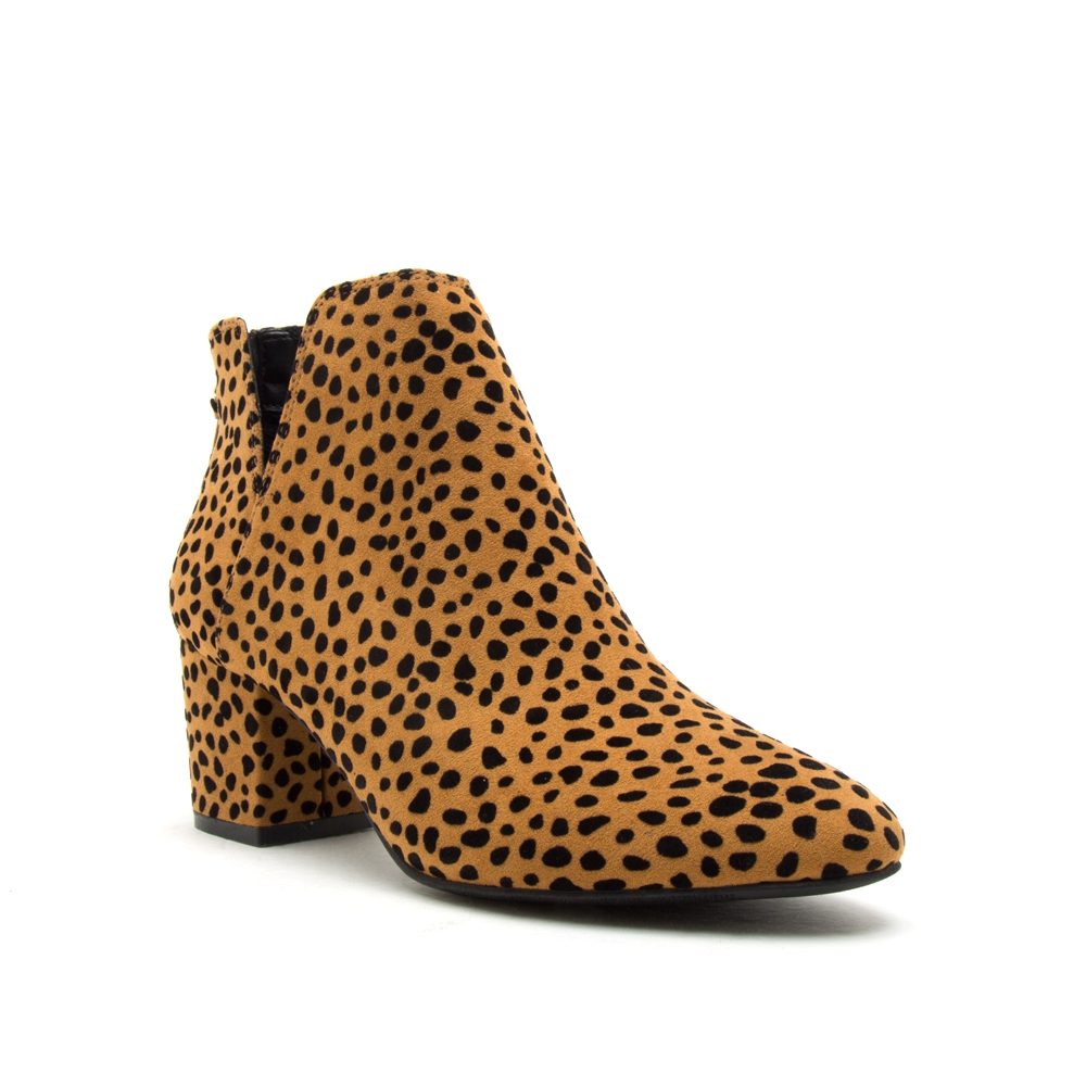 Qupid Pointed Toe Chunky Heel Bootie - orangeshine.com