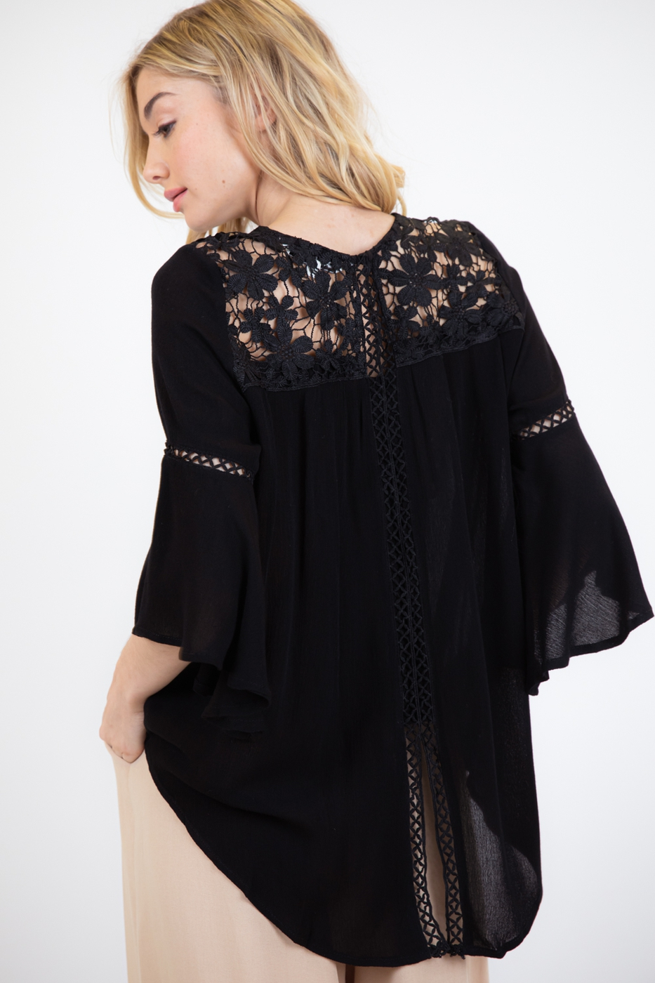 LOVELY FLORAL LACE TIE-BACK BLOUSE - orangeshine.com