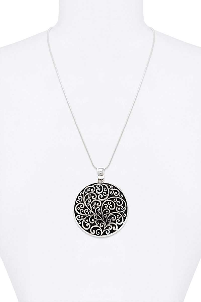 MULTI TONE CIRCLE PENDANT NECKLACE - orangeshine.com