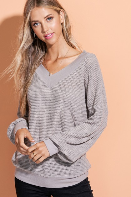 Waffle Knit V-Neck Sweater - orangeshine.com