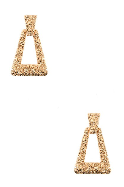TEXTURED TRIANGLE DANGLE EARRING - orangeshine.com