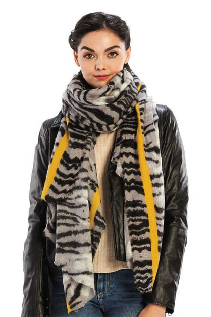 COLOR LINE WITH ANIMAL PATTERN SCARF - orangeshine.com