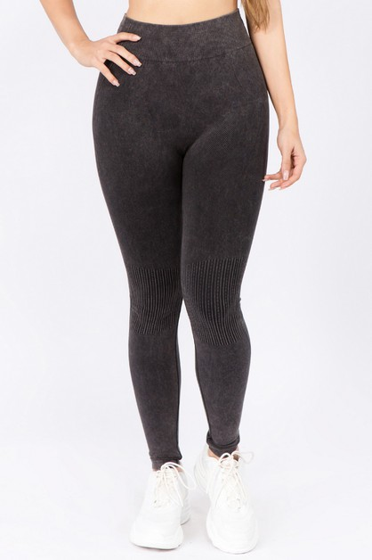 Moto Texture Detailed Leggings    - orangeshine.com