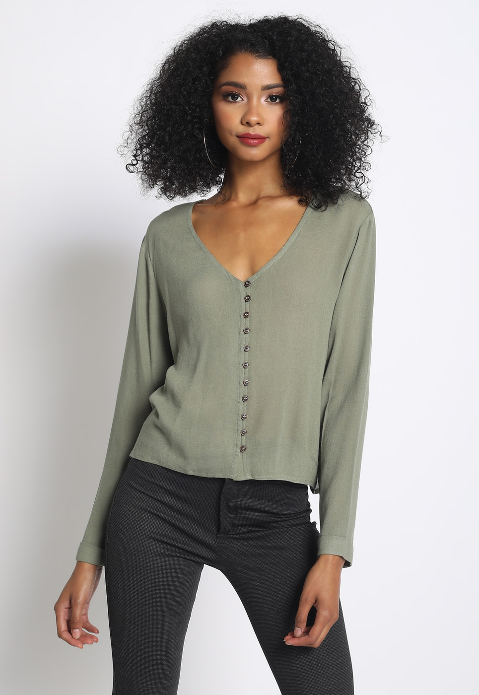 LONG SLEEVE BUTTON UP V NECK TOP - orangeshine.com