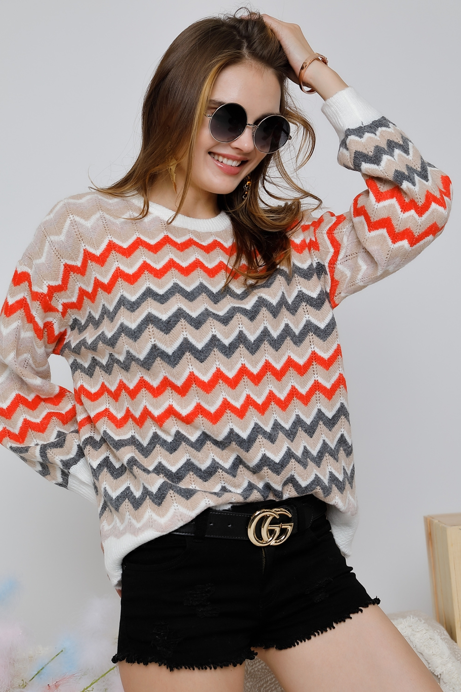 round neck chevron print top - orangeshine.com