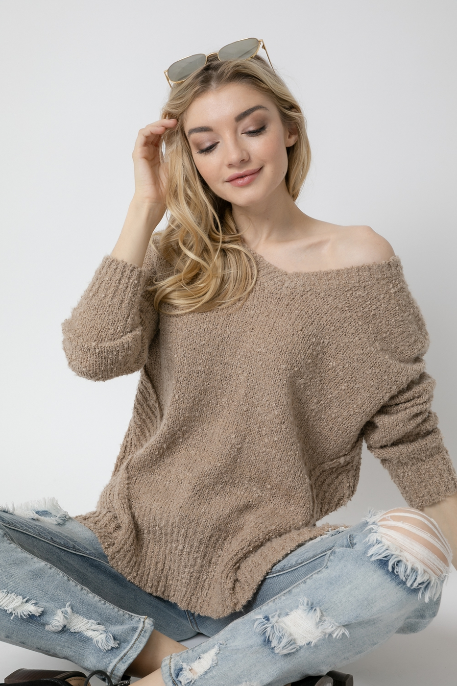 SOLID V NECK POPCORN SWEATER - orangeshine.com
