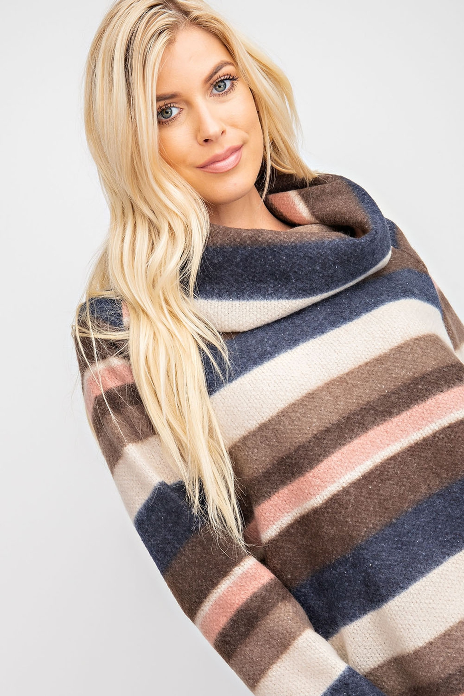 MULTI COLOR STRIPE SOFT TURTLE NECK  - orangeshine.com